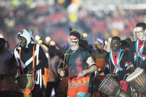 La cérémonie de clôture se termine sur une note africaine