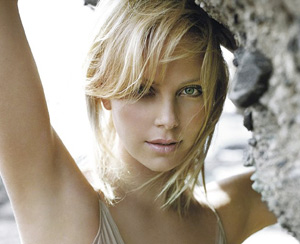 Charlize Theron a bluffé Will Smith