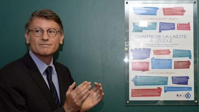 France : La charte de laïcité fait débat
