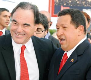 Oliver Stone prône la «révolution pacifiste» de Chavez