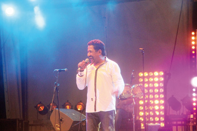 Festival Twiza 2013 : Cheb Khaled conquiert  le public tangérois