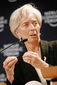 Christine Lagarde appelle la Banque de France à la vigilance