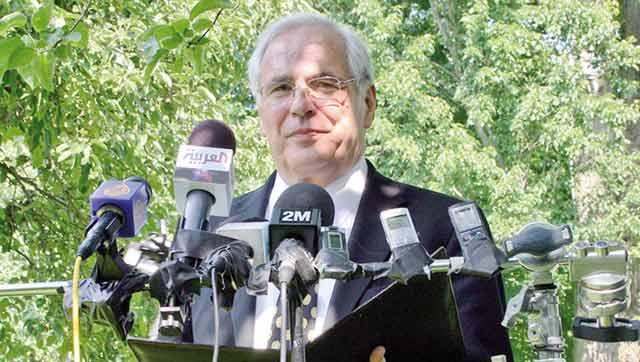 Christopher Ross annonce des «navettes  diplomatiques» pour relancer  les négociations