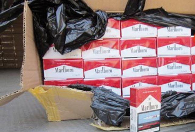 Plus de 25 mille cartouches de cigarettes saisies à Taourirt et Saïdia