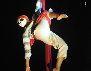 Cirque : les «Karacena» 2010 à Salé