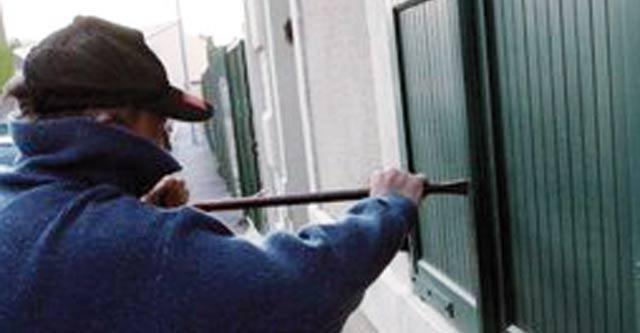 Oujda : Surpris en flagrant délit de cambriolage, il tue le propriétaire