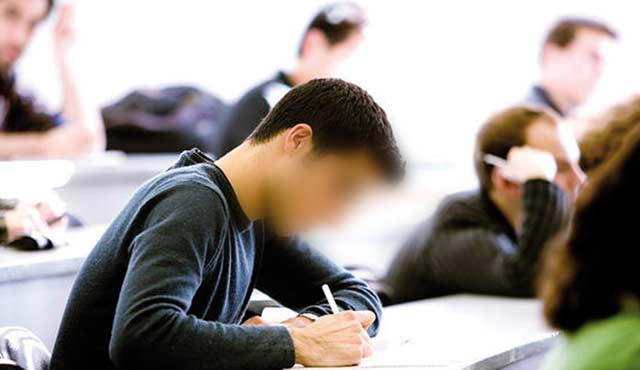 Un concours pour l obtention  de bourses d études au Japon