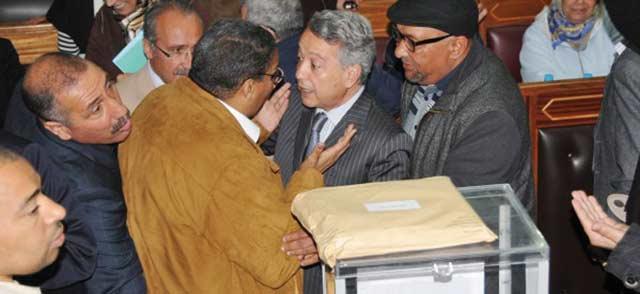 Conseil de la ville de Casablanca : 328 millions de dirhams adoptés  pour le budget 2013