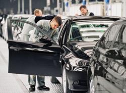 BMW creuse l'écart sur son rival Mercedes