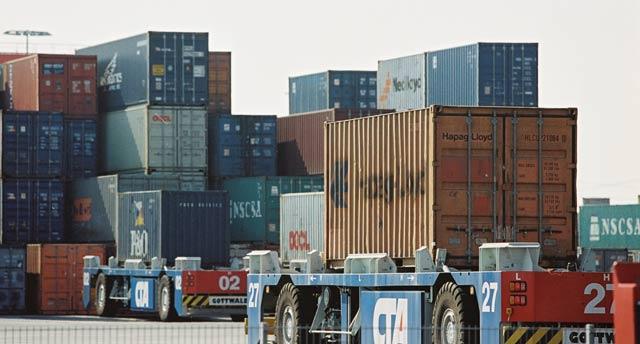 Echanges extérieurs : Le solde commercial  s est creusé de 4,9% à  fin septembre 2012