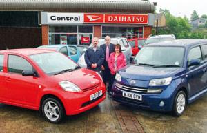 Un couple britannique acquiert 5 Daihatsu en l'espace de 2 ans et demi