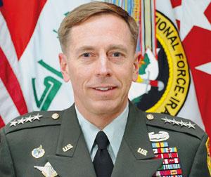 Terrorisme : rencontre «productive» entre le général Petraeus et le président du Yémen