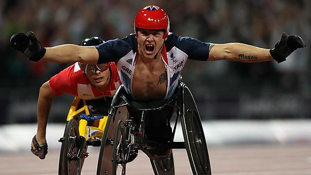 Jeux Paralympiques-2012 (marathon fauteuil): victoire du Britannique Weir