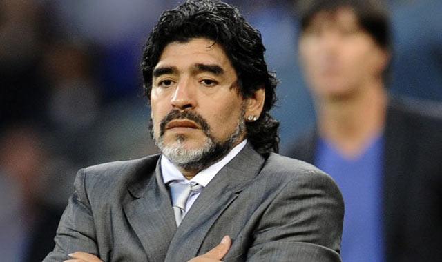 Maradona poursuivi par le fisc italien