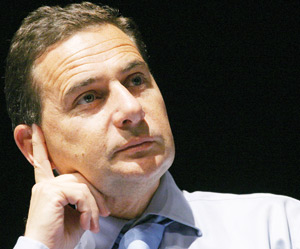 France : Eric Besson lance un débat sur l'identité nationale