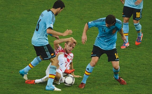 L Espagne passe l obstacle croate et va en quarts