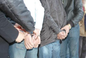 Arrestation de quatre individus ayant agressé cinq amis
