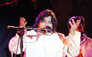 Faiz Ali Faiz porté par l'élan du public souiri
