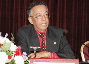 Me Mustapha Farès nommé 1er président de la Cour suprême