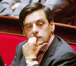François Fillon désavoue avec violence Rachida Dati