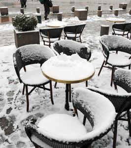 France : de nombreux secteurs économiques perturbés par la neige