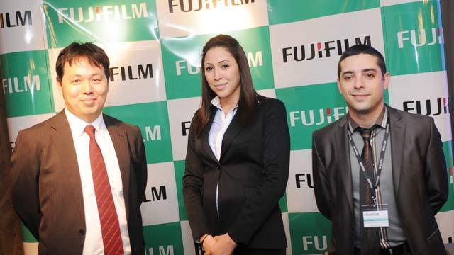 Fujifilm : Les X-E1 et X-F1 enfin  disponibles  au Maroc