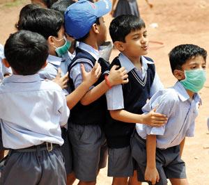 Multiplication des cas de grippe A/H1N1 dans les écoles : la panique s'empare des parents en l'absence d'une communication fluide