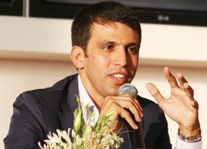 Hicham El Guerrouj défend les personnes à besoins spécifiques
