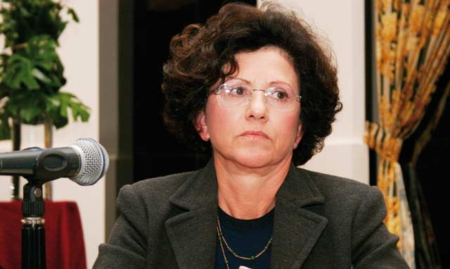 L ALCS se mobilise : Hakima Himmich demande aux  parlementaires de rejeter l ACTA