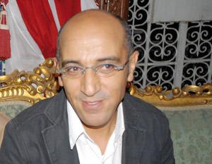 Hassan El Fad : «Mon spectacle est une halqa sur scène»
