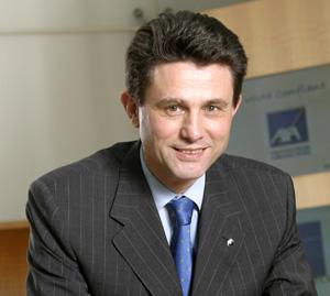Axa abaisse sa prévision de résultat 2008