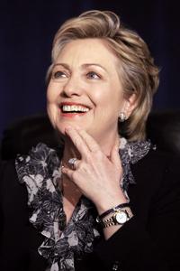 Hillary Clinton nommée à la tête de la diplomatie américaine