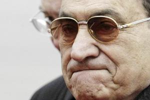 Égypte : Moubarak et ses fils devant la justice