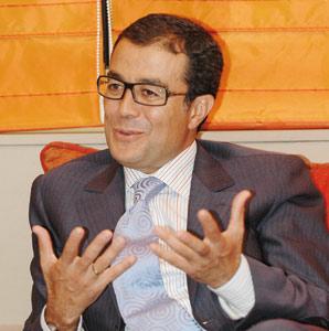 Natation : la Fédération s'engage à créer douze clubs à l'horizon 2012