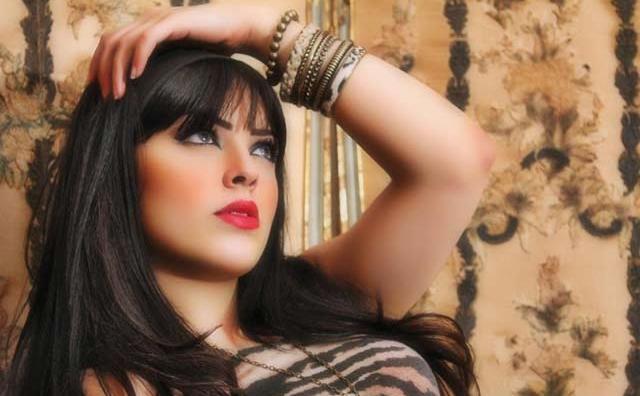 Portrait : Ilham Chaouqi, une jeune chanteuse qui  se fraie son chemin vers le show biz