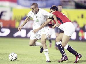 L'Algérie jouera sa place au Caire contre l'Egypte