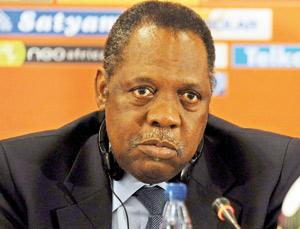 Présidence de la CAF : Hayatou pourrait briguer un autre mandat en 2013
