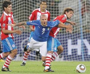 Le Paraguay accroche le champion en titre