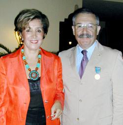 Télex : Médaille d'Or du tourisme à Jean Le Priellec