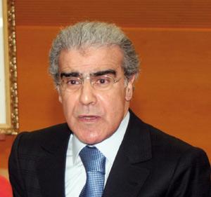 Le gouverneur de Bank Al-Maghrib appelle à la vigilance