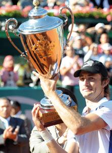Carlos Ferrero remporte le Trophée