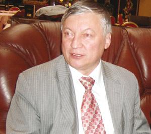 Anatoly Karpov : «Une école des échecs sera créée bientôt au Maroc»