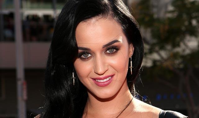 Katy Perry : La reine des catastrophes sur scène !