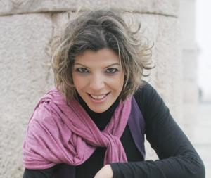 Latefa Ahrarre : «Réduire la distance avec le spectateur»