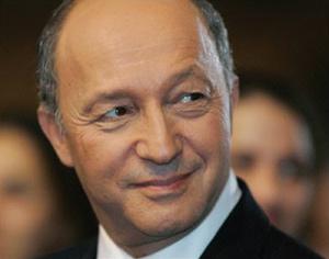 L'opposition fustige la décision de Sarkozy de réintégrer l'Otan