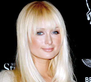 Lindsay bannie de l'anniversaire de Paris Hilton