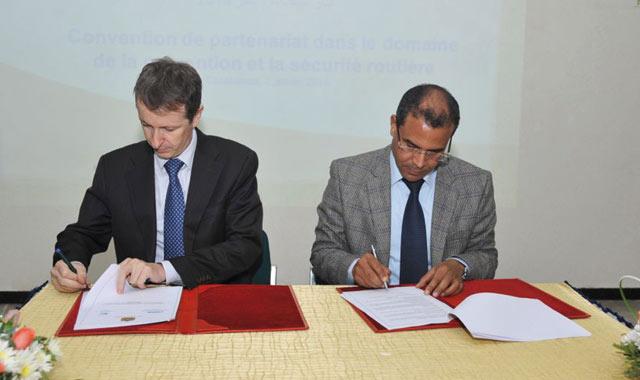 Sécurité routière, Partenariat  entre la Lydec  et le CNPAC
