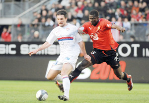 Bordeaux chute encore, Lyon leader
