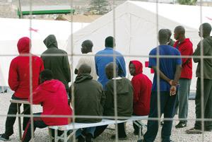La Libye détient près de 2000 clandestins dans des centres de rétention
