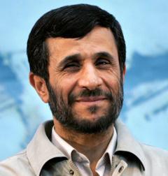 Iran : Ahmadinejad maintient un discours de défi